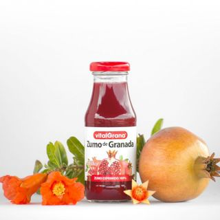 Pomegranate juice 100% natural in glass bottles