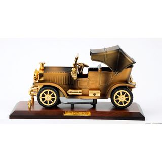 """New Year's gift Box """"Cabriolet"""" musical + set of figured chocolate 60g."""