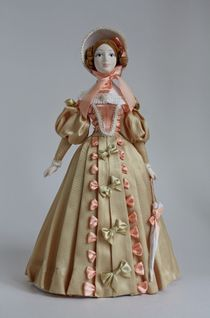 Doll gift porcelain. The lady in secular costume. 1st half of the 19th century. The Pushkin era.