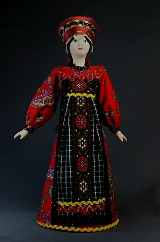 Doll gift porcelain. Ural. Russia. Maiden's costume. 18-19 centuries.