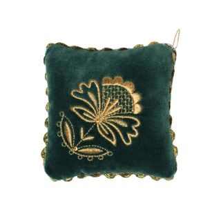 "Needle cushion ""Needlewoman"" dark green"