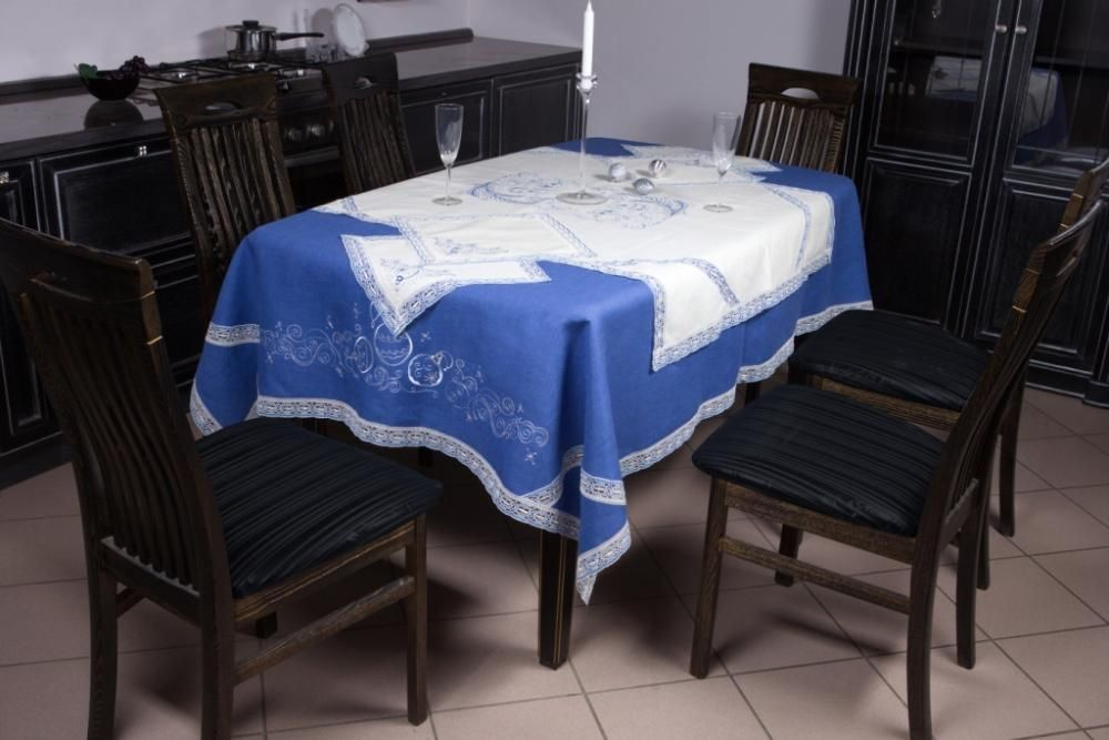 """Set of table linen """"Christmas in silver"""""""