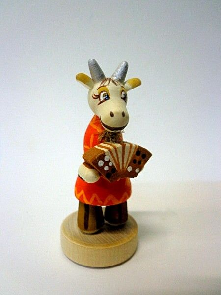 Tver souvenirs / Goat doll