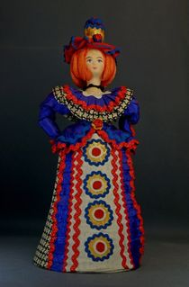 Doll gift porcelain. Fashionista. In explanation Dymkovo toys.