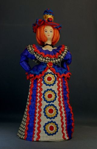 Doll gift porcelain. Fashionista. In explanation Dymkovo toys.