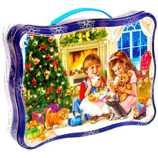 """New Year's gift Figured suitcase """"By the fireplace"""", a set of sweets 1050g."""
