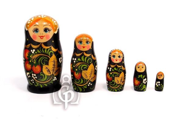Russian woman - Russian doll booklet, 5 dolls - with black strawberries