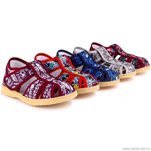 Children's textile shoes