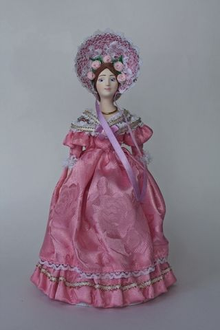 Doll gift porcelain. The lady in secular costume. The middle of the 19th century.