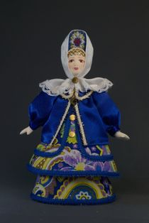 Doll gift porcelain. Kostromitsky in formal attire (styling). 18-19 century. Russia.