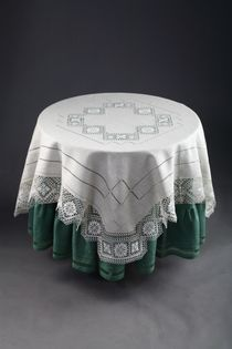 "Tablecloth with openwork embroidery ""Nizhny Novgorod guipure"""