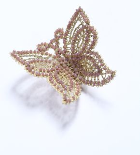 Butterfly lace brooch gold-pink, Madame Cruje