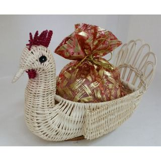 """New Year's gift """"Wicker chicken"""" small, set of sweets 300g."""