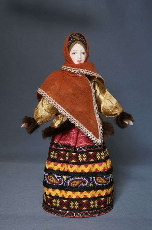 Doll gift porcelain. Center. Russia. Female in winter plumage. 19th century.