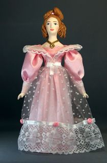 Doll gift porcelain. The lady in the costume of the Biedermeier era.20-40 years of the 19th century. Petersburg.