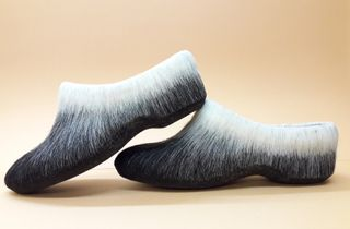 Women's Slippers made of natural wool black-and-white