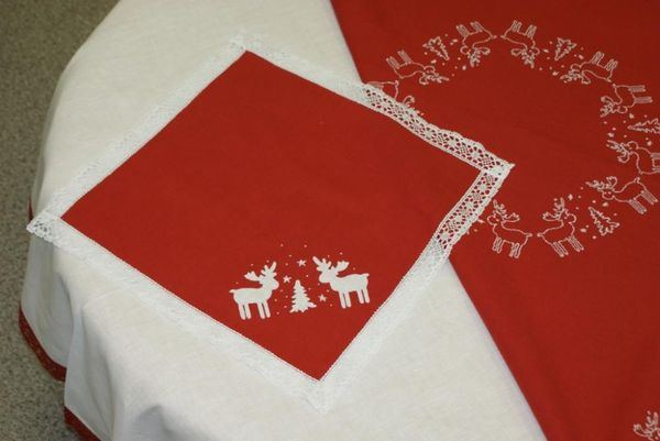Napkin linen 'Moose the Christmas tree' embroidery