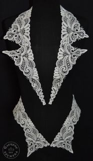 Collar lace with cuffs С1042