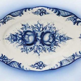 Dish elegant in the style of Gzhel №1