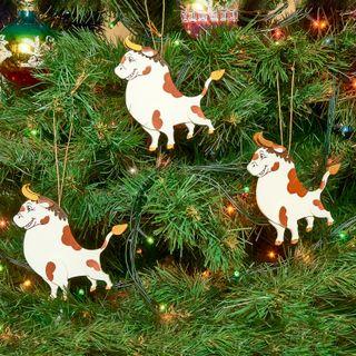 Set of Christmas tree toys bulls, 3 pieces