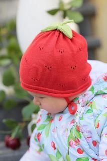 "Riding cap ""Raspberry"""
