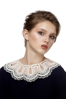 Lace Collar No. 71, Madame Cruje
