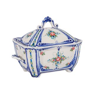 Casket box colored paint with underglaze, cobalt, Gzhel Porcelain factory