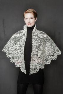 Pelerine women's lace pattern from trilistnika