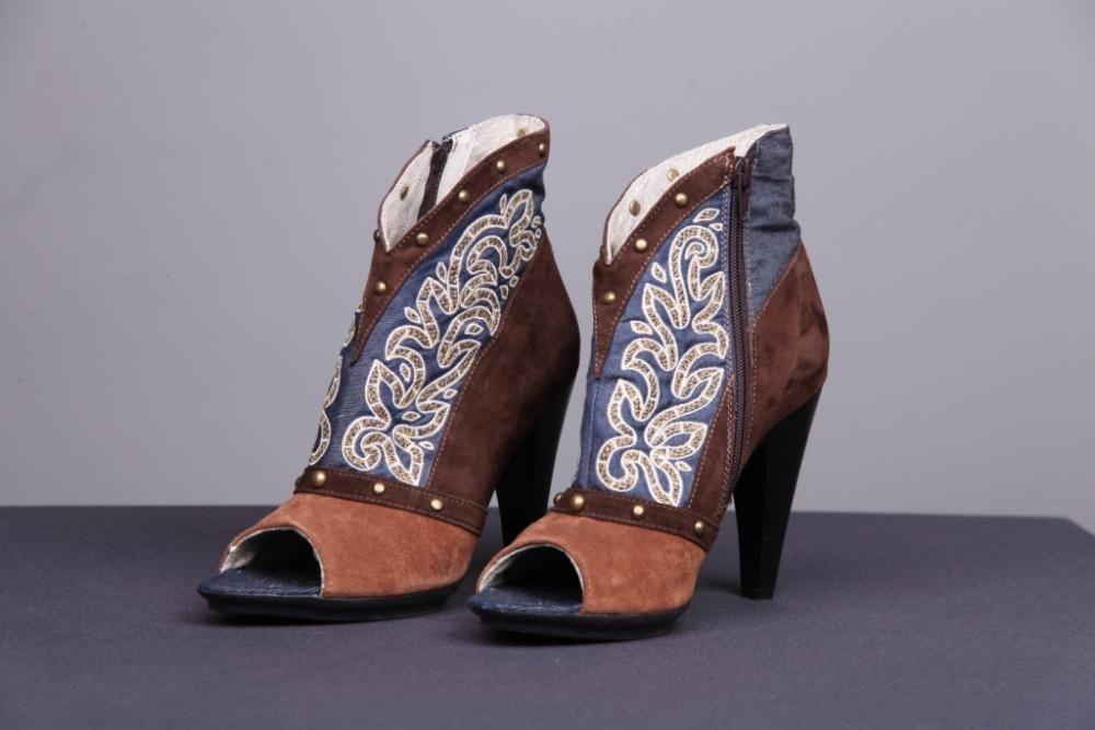 """Ankle boots for women """"Bereginya"""""""