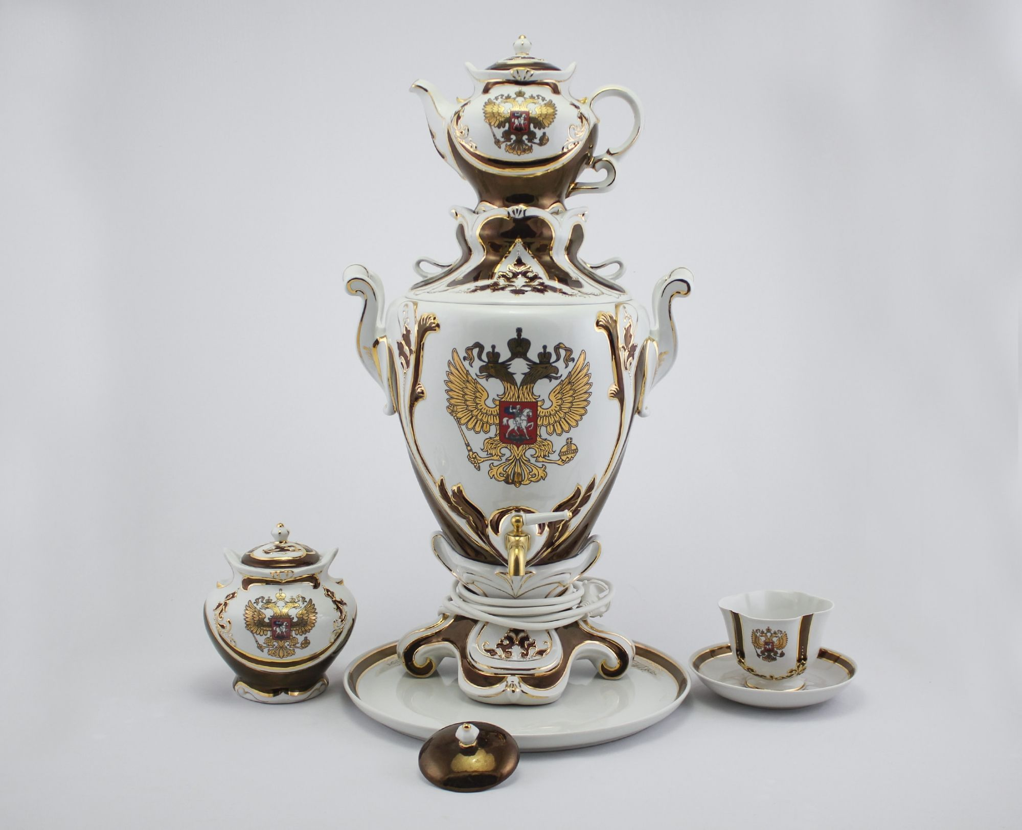 Delta-X / Porcelain electric samovar model 1 with tea pairs