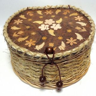 The casket is semicircular (the walls of the cord) with inlaid birch cover No. 1. ART 569 -