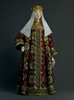 Doll gift porcelain. The costume of the Queen. Moscow. The beginning of the 17th century. Doll gift