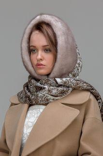 The hood Pavlo-Posad shawl with mink
