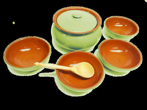 Vyatka ceramics / Set of dishes (light green)