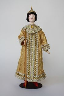 Doll gift porcelain. More Royal outfit. The mid-17th century Moscow.