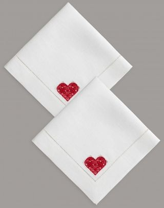 A set of napkins