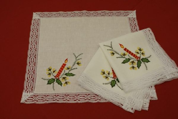 Napkin linen 'Candles' with embroidery