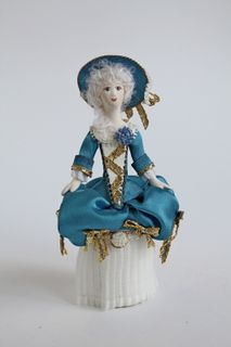 Maid of honor 18th century casket.