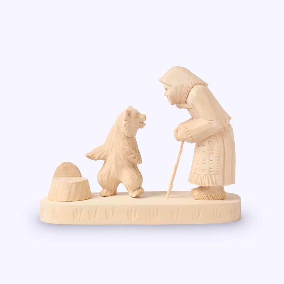 "Bogorodskaya toy / Wooden souvenir ""Polite bear cub"""