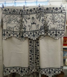 The complete set of curtains