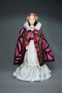 Doll gift porcelain. The lady in the Mantilla. The beginning of the 19th century - Petersburg