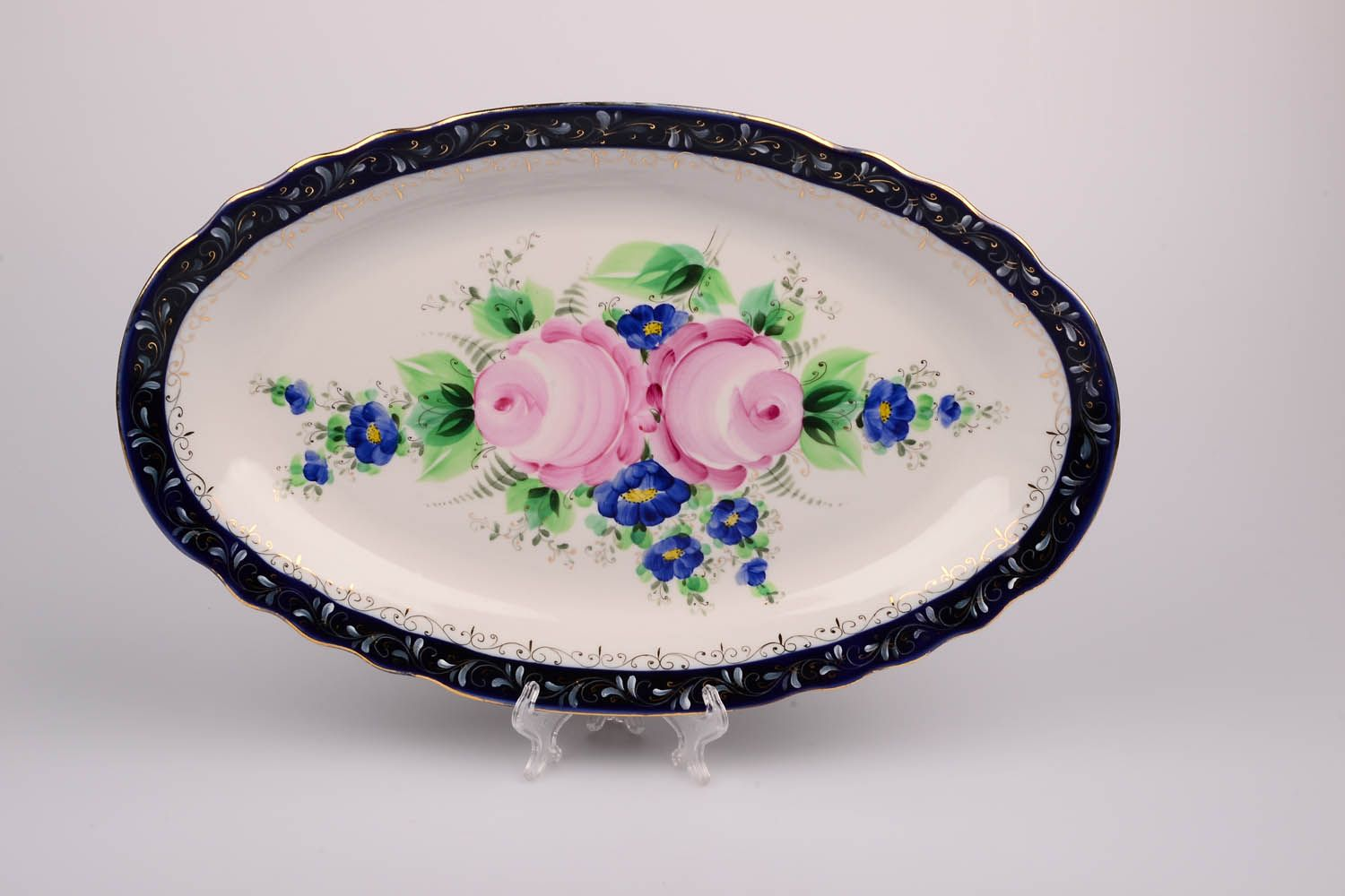 Dulevo porcelain / Oval dish 350 mm Cut edge ХР