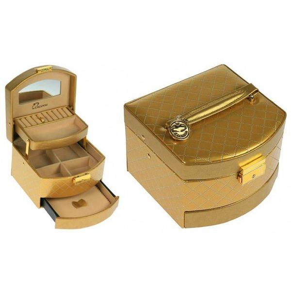 "The ""Jewelry Casket"" is a gold-plated box with a capacity of 300g."
