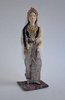 Doll gift. Prazdnechny women's costume. Samarkand