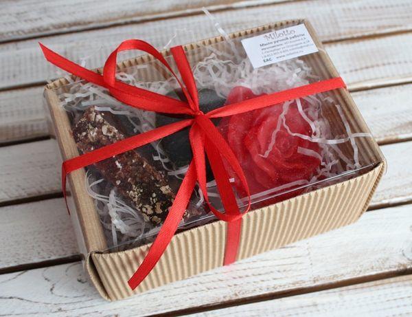 Damask beauty - handmade soap gift set