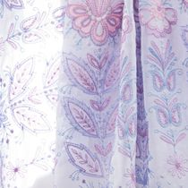 Tippet 'Femininity' with white silk embroidery