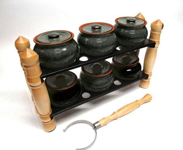 Vyatka ceramics / Set-2, of 6 pots, 0.5 l. with grip, on a shelf (black amber)