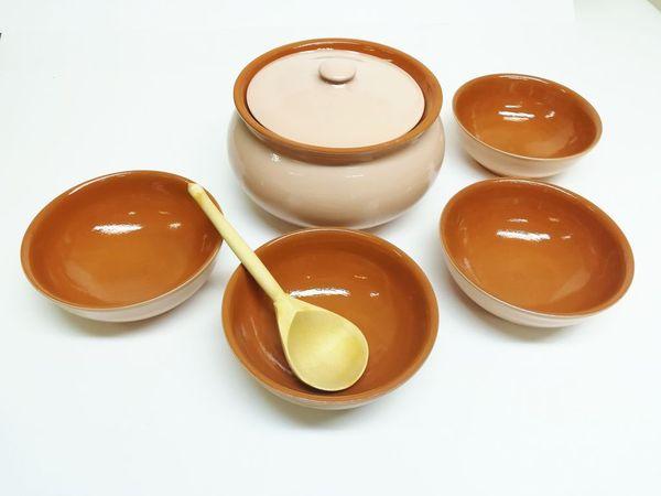 Vyatka ceramics / Tableware set (beige)