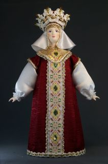 Doll gift porcelain. Festive Prince women's costume. Age 16-17. Rus.