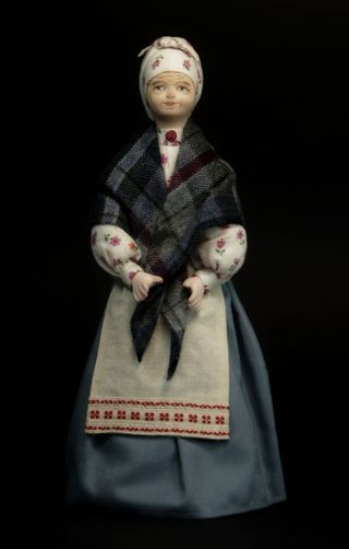 Doll gift porcelain. Nanny in everyday clothes. 1st half of the 19th century. Russia.